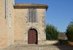 Eglise Saint-Martial - Français:   Entrée du cloître Saint-Martial (XVIIe siècle), Chalais, Charente, France.
