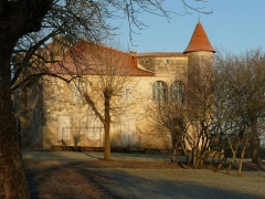 Ancien prieuré - English: view in winter of Charmant, Charente, SW France
