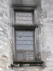 Château de François-Ier - Français:   Fenêtre à meneau simple du château de Cognac, Charente, France.
