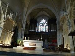 Eglise Saint-Léger - English: inside of St-Léger church, Cognac, Charente, SW France