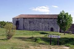 Eglise de Rozet ou de Rauzet - Français:   L\'église de Rauzet, commune de Combiers, Charente, France.