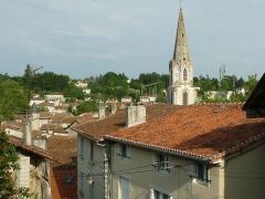 Eglise Saint-Maxime - Français:   Eglise St-Maxime, Confolens (Charente, France)