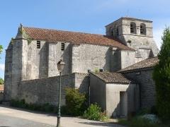 Eglise Saint-Maurice - Français:   Eglise d\'Echallat, Charente, France