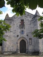 Eglise Saint-Maurice - Français:   église fortifiée d\'Échallat