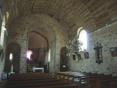 Eglise Saint-Etienne - Français:   intérieur de l\'église d\'Esse, Charente, France