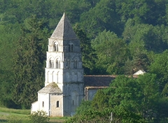 Eglise Notre-Dame - Français:   Eglise de Gardes vue de la route de Périgueux