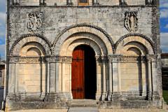 Eglise Saint-Martin - Deutsch: Genzac-la-Pallue, Erdgeschoss der Fassade