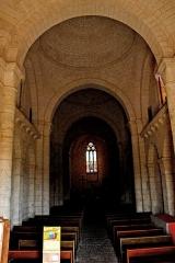 Eglise Saint-Martin - Deutsch: Genzac-la-Pallue, Schiff, aus 1. Joch zum Chor