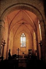 Eglise Saint-Martin - Deutsch: Genzac-la-Pallue, Chor, Kreuzrippengewölbe