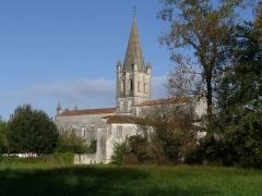 Eglise Saint-Martin - Français:   Eglise de Gensac-la-Pallue, Charente, France