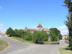 Eglise Saint-Maixent - Français:   église d\'Empuré, Charente, France