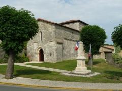 Eglise Saint-Jean Baptiste - English: church of Le Grand-Madieu, Charente, SW France