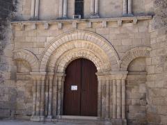 Eglise Saint-Pierre - Français:   église Saint-Pierre de Mérignac, Charente, France, (inscrit, 1925)