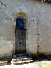 Château - Français:   Porte du donjon de Montignac, Charente, France