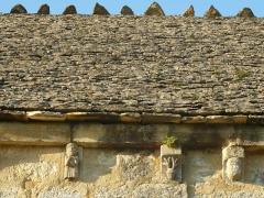 Eglise Saint-Sébastien - English: church of La Rochette, Charente, SW France; stone tiled roof