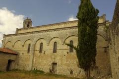 Prieuré Saint-Jean-Baptiste - Français:   L\'église de Ronsenac depuis le prieuré, Charente, France