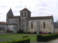Eglise Saint-Brice - Français:   église de Saint-Brice, Charente, France