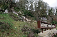 Gisement préhistorique - Français:   Site préhistorique du Roc de Sers, commune de Sers, Charente, France