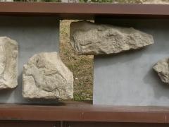 Gisement préhistorique - Français:   Reproduction de la frise (morceaux 8 et 9), Roc de Sers, Charente, France. Animaux: chevaux