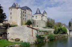 Château -  Le Château de Verteuil, Charente, France.