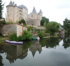 Château -  Verteuil-sur-Charente Chateau