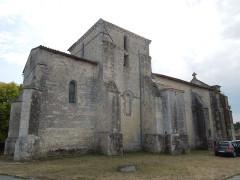 Eglise Saint-Fortunat - English: Saint-Fort-sur-le-Né, Saint-Fortunat, seen from northeast