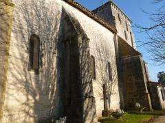 Eglise Saint-Fortunat - Français:   église de St-Fort-sur-le-Né, Charente, France
