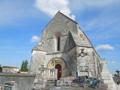 Eglise Saint-Eutrope - English: Agudelle, Église Saint-Eutrope, seen from southwest