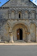 Eglise Notre-Dame - Deutsch: Avy, Fassade