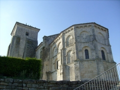Eglise Sainte-Madeleine - Français:   Chevet de l\'église de Beurlay