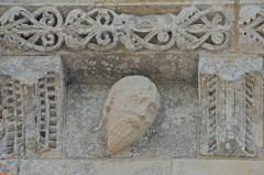 Eglise Saint-Martin - Deutsch:   Chadenac, Kraggesims, Detail