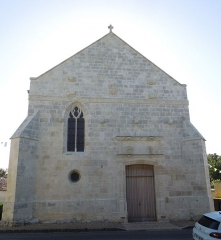 Eglise Saint-André - English:   Clion, western facade of the church Saint-André