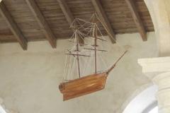 Eglise Saint-Pierre - English: Ex-voto représentant un navire du début du xxe siècle dans l'église de Brouage.