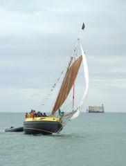 Fort Boyard - English: Boyard_with_sailboat