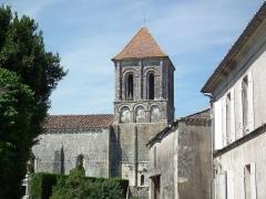 Eglise Notre-Dame -  Clocher roman de Jazennes