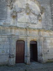 Eglise Sainte-Marie ou Notre-Dame£ - Deutsch: Das Portal in der Westfassade der katholischen Pfarrkirche Sainte-Marie in Lonzac