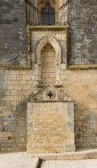 Eglise Saint-Pierre - English: Church Saint-Pierre at Marsilly, architectural details (Charente-Maritime, France