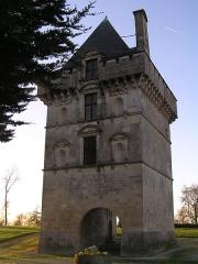 Château - Français:   château de Matha