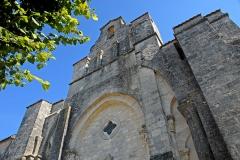 Eglise Saint-Pierre de Marestay - Deutsch: St.-Pierre-de-Marestay, Anschlüsse ehemaliges Langhaus