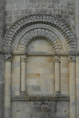 Eglise Saint-Pierre de Marestay - Deutsch: Katholische Pfarrkirche Saint-Pierre in Marestay (Matha) im Département Charente-Maritime (Nouvelle-Aquitaine/Frankreich)