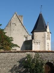 Château - English: castle of Meux, Charente-Maritime, SW France