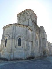 Eglise Saint-Martin - English: Moings: church Saint-Martin, view from northeast