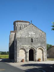 Eglise Saint-Martin - English: Moings: village church Saint-Martin