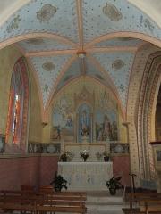 Eglise Saint-Saturnin - Deutsch: Saint-Saturnin in Mosnac sur Seugne: Seitenschiff mit Altar