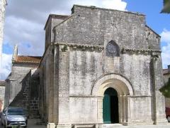 Eglise Saint-Laurent -  église de Neuvicq-le-Château