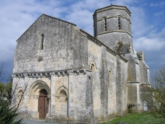 Eglise Saint-Trojan - Français:   L\'église romane de Rétaud