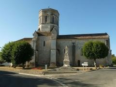 Eglise Saint-Trojan - Français:   église de Rétaud (17), France.