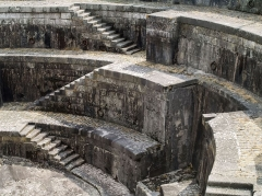 """Formes de radoub de l'arsenal - English: Rochefort (Charente-Maritime, France) - Detail of a staircase in one of the the original twin dry docks known as or the """"double forme"""" or the """"Louis XV Dry Dock"""", designed in the 17th century."""