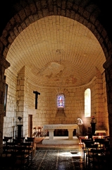 Eglise Saint-Brice - Deutsch: Saint-Bris-de-Bois, Chorraum vom Turm aus