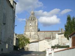 Eglise Saint-Fortunat -  Eglise Renaissance de Saint-Fort sur Gironde